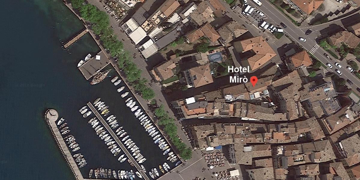 Hotel Mirò Parkplatz